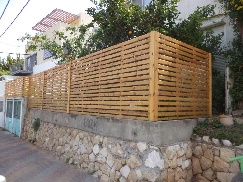 גדר עץ מאורן משומן