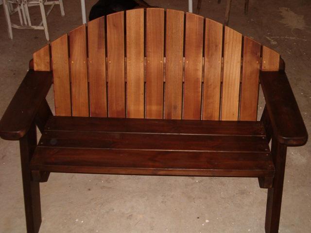 ספסל עץ דגם מורן משומן בצבע חום
